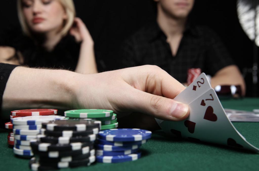 【德州撲克】關於單桌與多桌的撲克分析